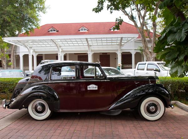 Rolls Royce Silver Dawn 1953