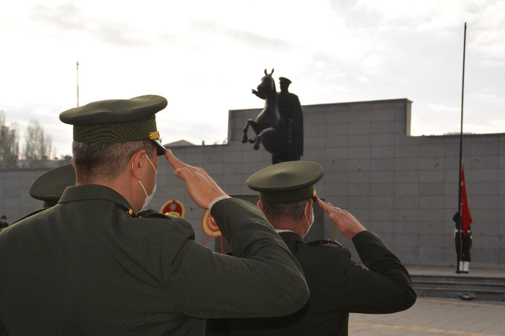 Sarıkamış'ta 10 Kasım töreni