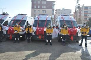 Kars'ta sağlık filosuna 4 ambulans daha katıldı