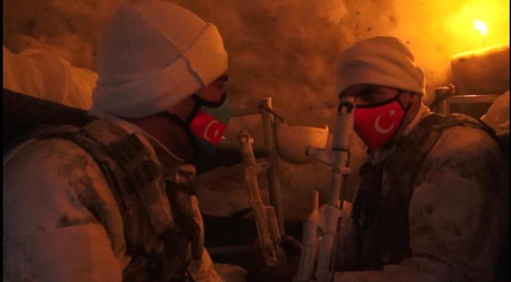 """Türkiye ve Azerbaycan askerinden """"İglo'da yaşam"""" faaliyeti"""