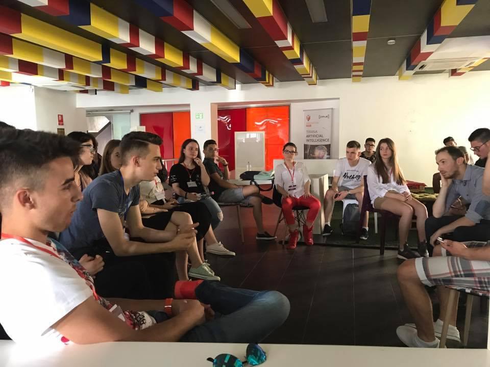 TET, programi më i madh në Shqipëri për sipërmarrjen te gjimnazistët