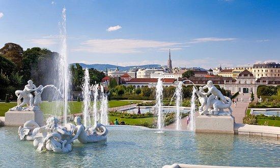 Konferencë: Puna Rinore Dixhitale | Vienë