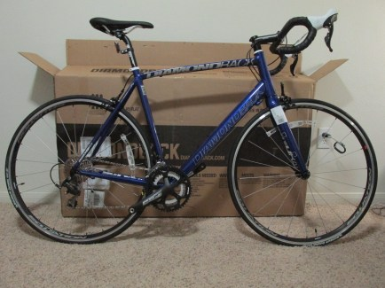 023_BikeAssembledWithoutPedals