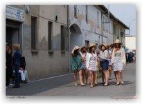 """mondine - vestiti e accessori di """"La Camelia collezioni"""""""