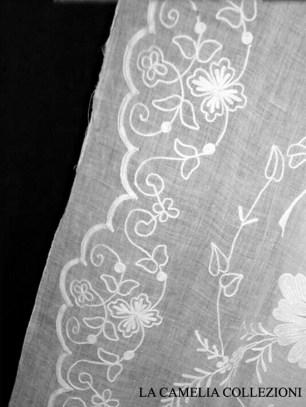 tende in bisso di lino con ricamo - particolare ricamo - tende e tendaggi - la camelia collezioni