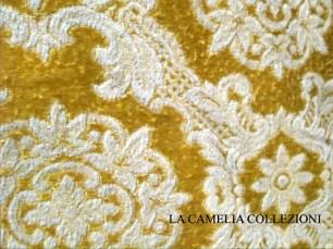 damasco-tessuto damasco - copriletto per letto francese 1 piazza e mezza base oro disegno bianco - la camelia collezioni