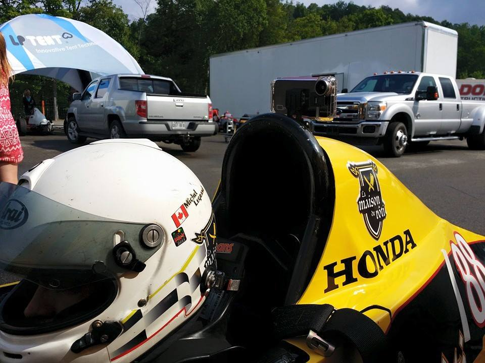 Formula 1600 tremblant racing wih an iphone streaming data and video