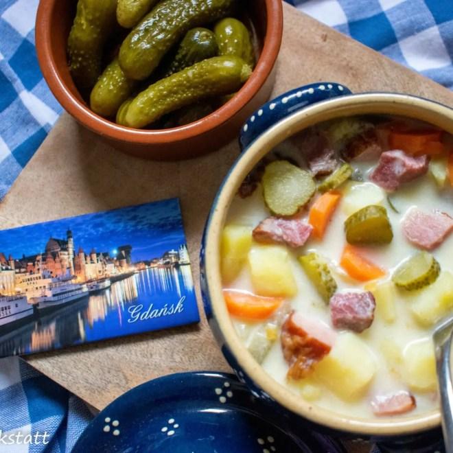 Polnische Kartoffel Gurkensuppe