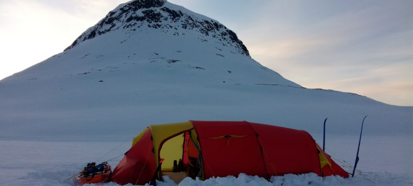 *Winter Camping, Introduction to Overnight Winter Tours