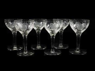 花葉紋ワイングラス