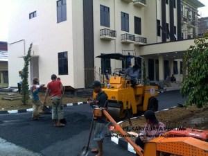 Pengaspalan jalan raya tol parkir halaman mall hotel kantor pabrik aspal murah Jasa Kontraktor jalan konstruksi jalan perbaikan jalan
