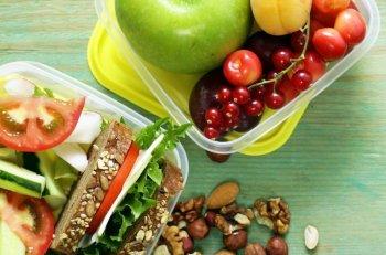 lunchbox sniadaniowka dla ucznia