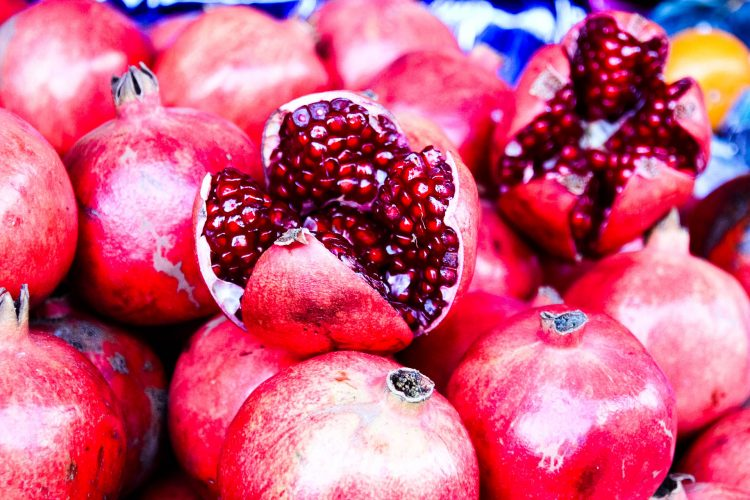 Granatapfel-Exotische-Früchte-in-Thailand-18-Sorten-die-man-probieren-muss-83b