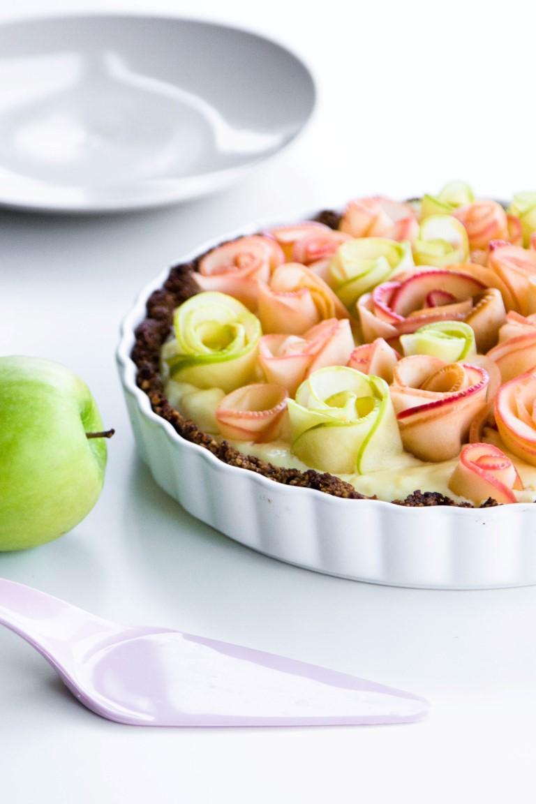 Apfelrosen-Kuchen-mit-Walnussboden-Rezept-20