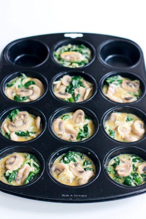 Eier-Muffins-mit-Spinat-und-Champignons-Rezept-Frühstück-4