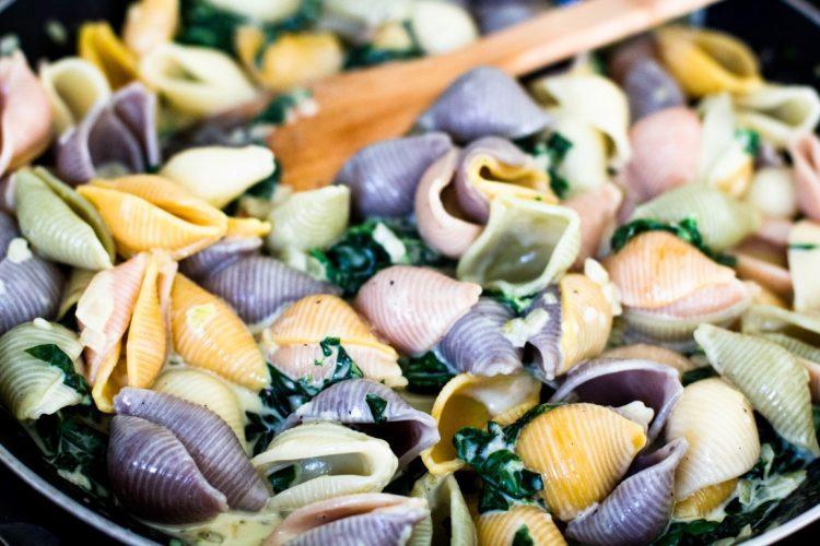 Pasta-mit-Spinat-und-Gorgonzola-Rezept-8