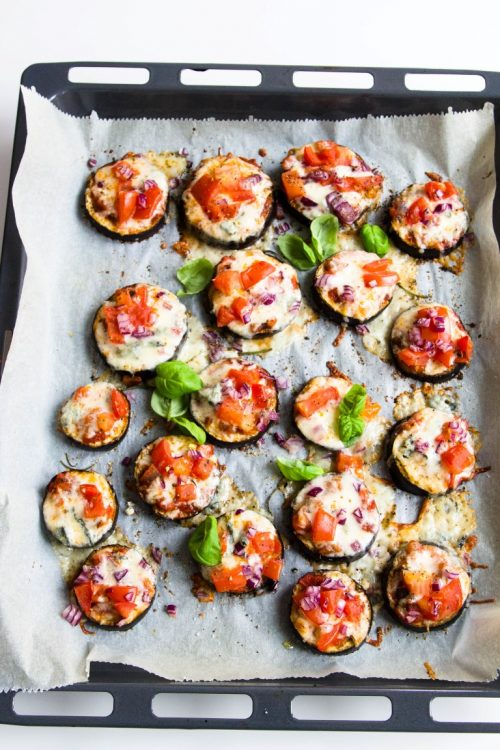 Auberginen-Pizzette-überbacken-Mozzarella-Gorgonzola-Tomate-Rezept-16