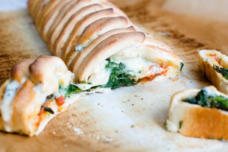 Pizzazopf-Spinat-Mozzarella-Gorgonzola-Rezept-7