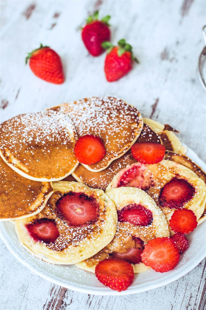 Joghurt-Plätzchen-mit-Erdbeeren-Rezept-05