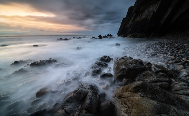 Light in the dark - North Coast of Spain, Kase CPL, Wolverine 0.9 soft grad and a 1.8 ND. 20s @ F11