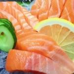 """""""ปลาแซลมอน"""" แหล่งรวมสารอาหาร… ป้องกันโรค…กินเพื่อสุขภาพ"""