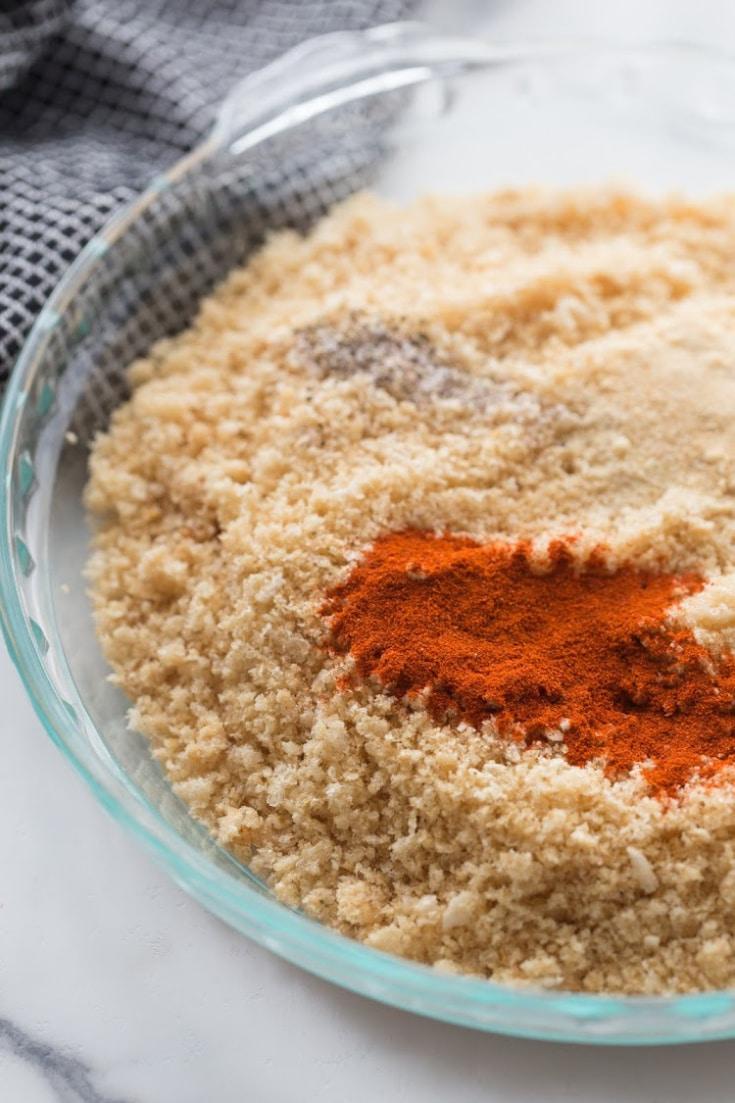 pork panko, paprika, garlic and onion powder in a dish