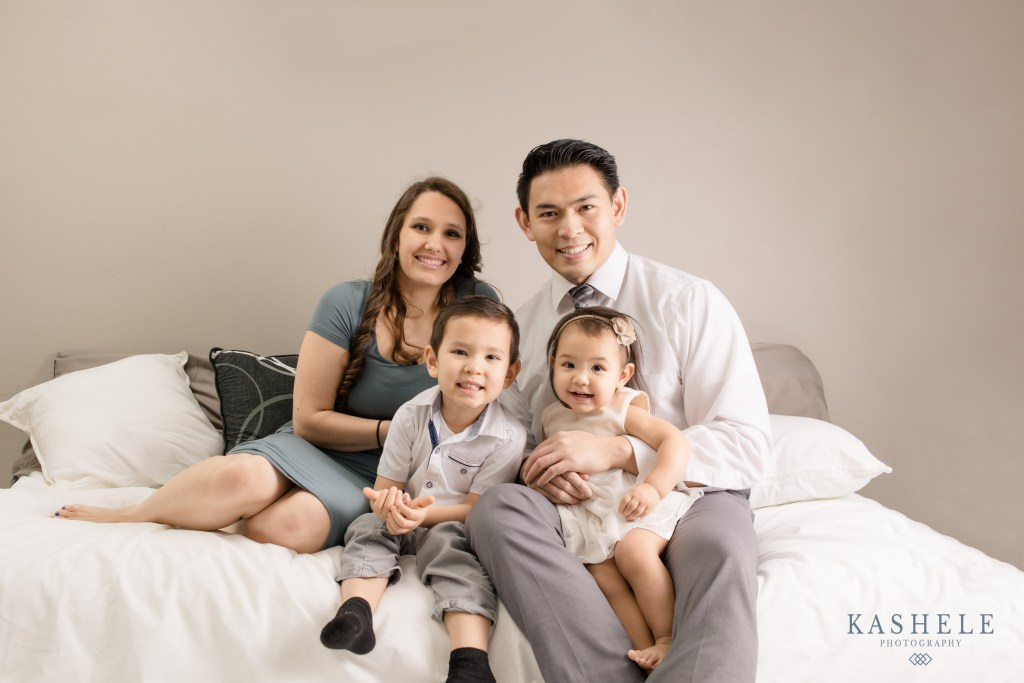 Image of Kashele and her family