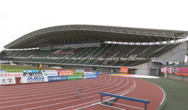 シティライトスタジアム メインスタンド ファジアーノ スポンサー 屋根 アクセス
