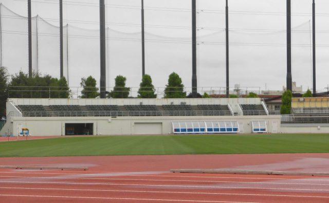 浦和駒場スタジアム 屋根 ホームゴール裏 出島