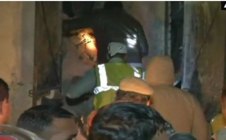 Delhi: Six people including child killed after part of factory collapses in Moti Nagar