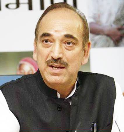Cong leaders shower praises on Azad, say he has major role to play in coming months