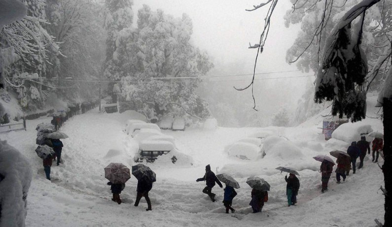 Fresh snowfall in Gulmarg, other higher reaches in Kashmir