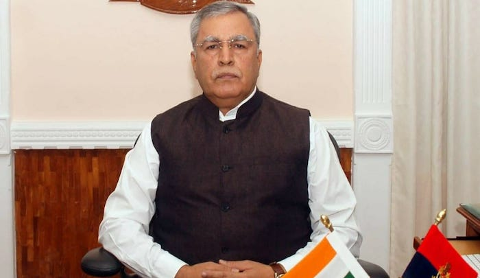 'Govt asks local youth to shun violence', ''Operations against militants to intensify in days to come: Advisor Farooq Khan