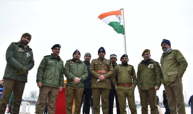 72nd R-day celebrated with gaiety and great fervour across Kashmir