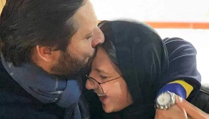 """""""Matches are made in heaven"""": Shahid Afridi opens up about daughter's engagement"""