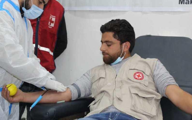 Imtiyaz, The Savior Of Many Lives | Handwara youth sets example, donates blood 55 times
