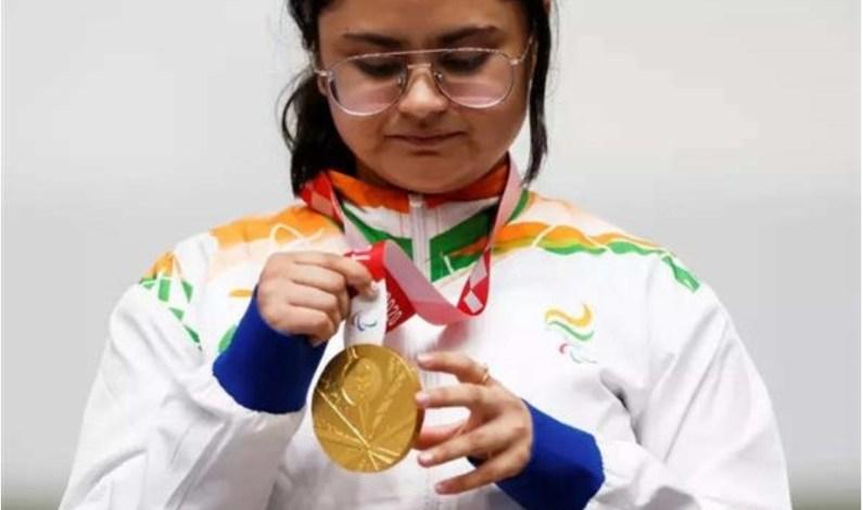 Film stars laud Avani Lekhara's 'historic' gold medal victory at Tokyo Paralympics