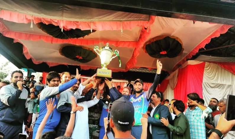Delina Premier League Concludes, Spartan Strikers Baramulla lift the title