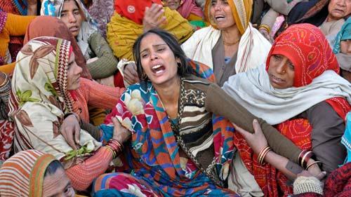Widow of Hemraj Singh mourning the brutal slaying of her husband