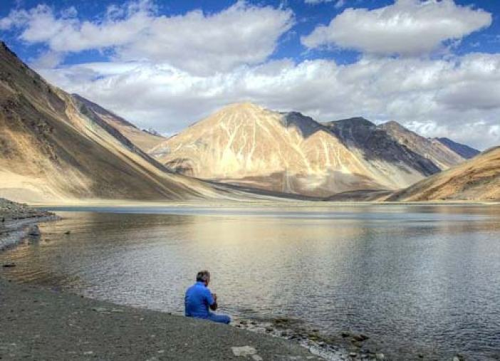 sr-the-pangong-lake2134