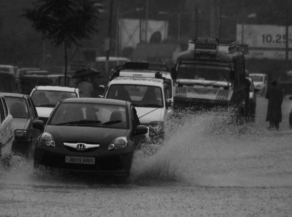 Wagon Wriggle: Surged motors on flooded lanes remind something, don't you think so? Doesn't it remind, excessive footing that trampled tiny spaces and leave a chord of awe.