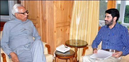 Governor meetiing Mr. Balwant Thakur-13