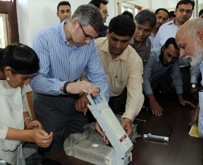 CM Omar Abdullah inaugurating the process of GI tagging.