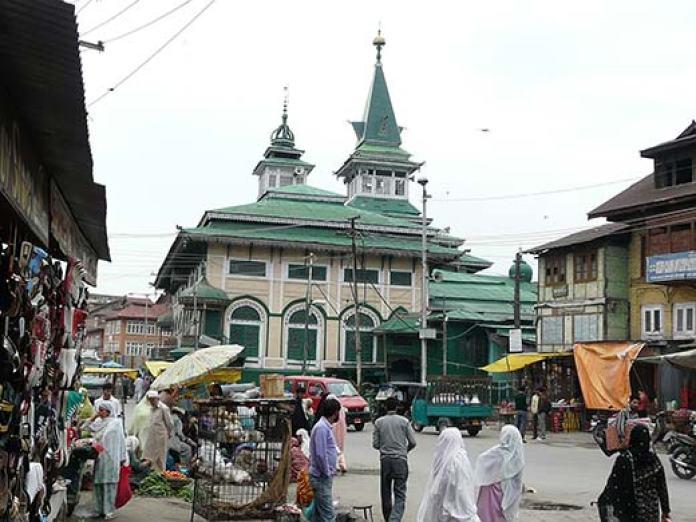 A view of Dastgeer Sahib Shrine in Khanyar. Pic: Bilal Bahadur