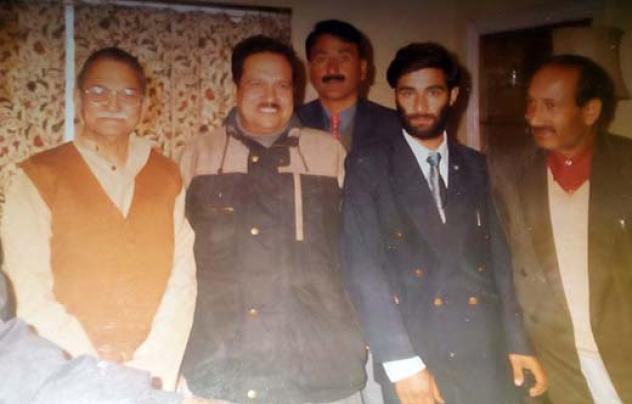 Mohammad Maqbool Waar (extreme right) with ID Swami, Indresh Kumar, Farooq Ganderbali and Ali Mohammad.