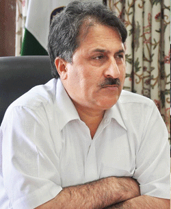 Divisional Commissioner Kashmir, Dr Asgar Samoon