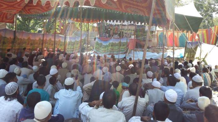 Er Rashid speaking during a congregation at Darul Uloom Shirhama in Handwara on Sunday.