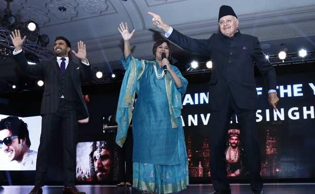 Dr Farooq Abdullah shaking legs with Ranveer Singh