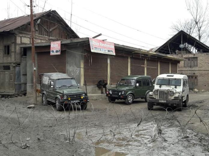 Army Thursday sai that it launched a cordon and search operation in North Kashmir's Hajin town. (KL Image by Special Arrangement)