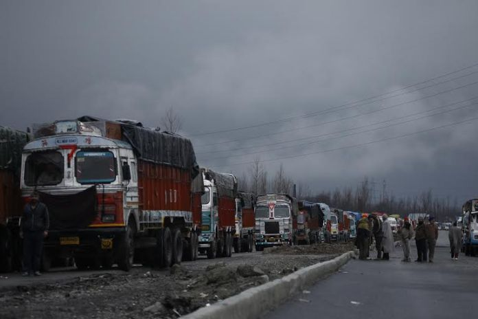 Aakash Hassan clicks this photo in South Kashmir showcasing stranded vehicles because of the closure of Srinagar-Jammu highway.